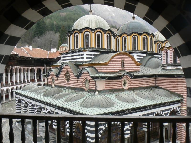Klosterkirche Sweta Bogorodiza im Hof von Kloster Rila - Foto: Rila Monastery Park Directorate