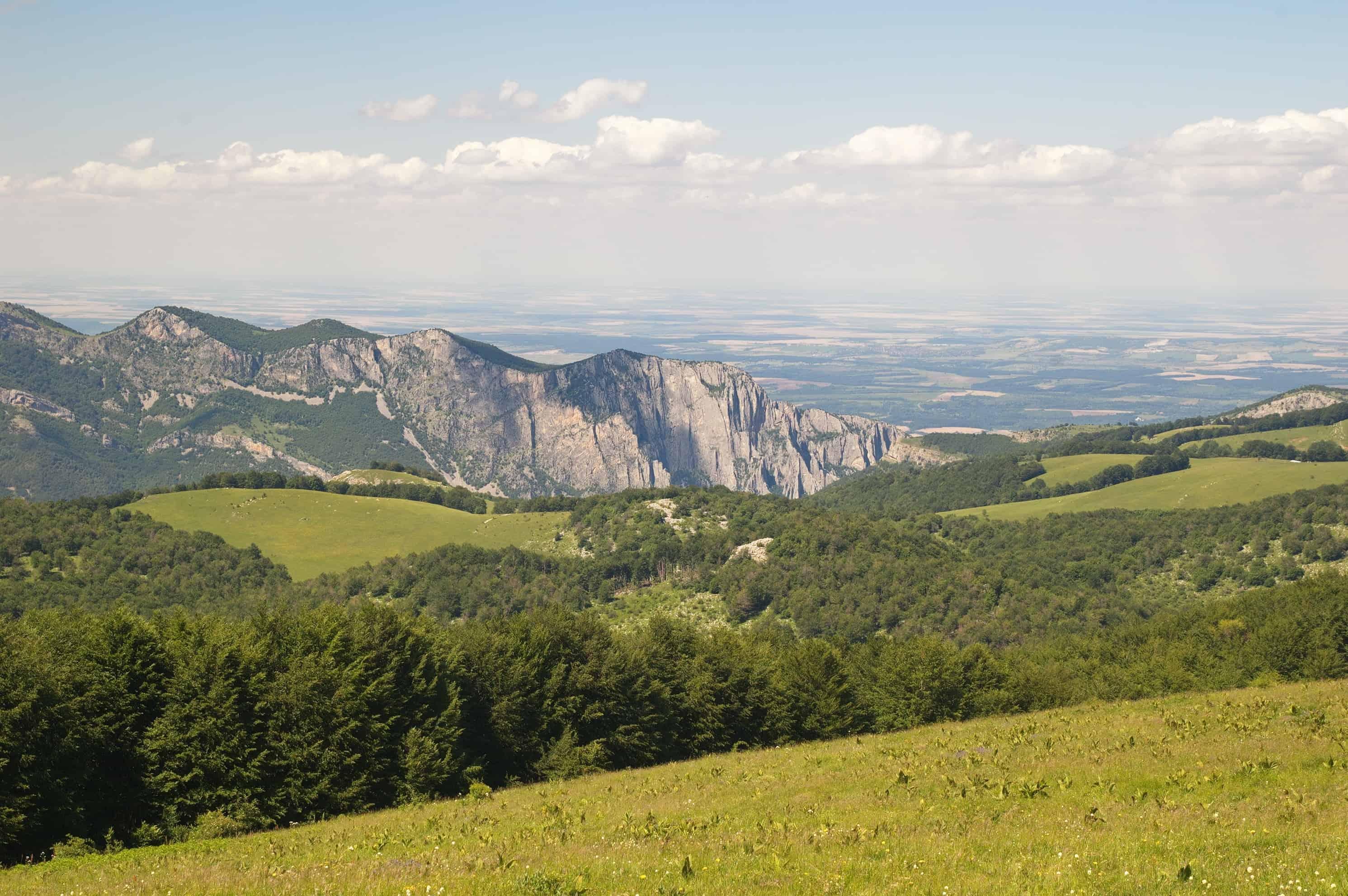 Die zentrale Bergwand des Vratsata-Passes- Foto: Vrachanski Balkan Naturpark