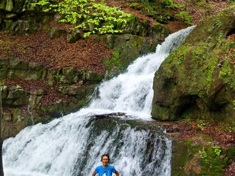 Wasserfall am Leva-Fluss nach starkem Regen - Foto: Naturpark Vachranski Balkan/Krasimir Lakovski
